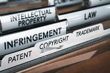 STEM-educated? Apply now to explore a career in patent law in the United States